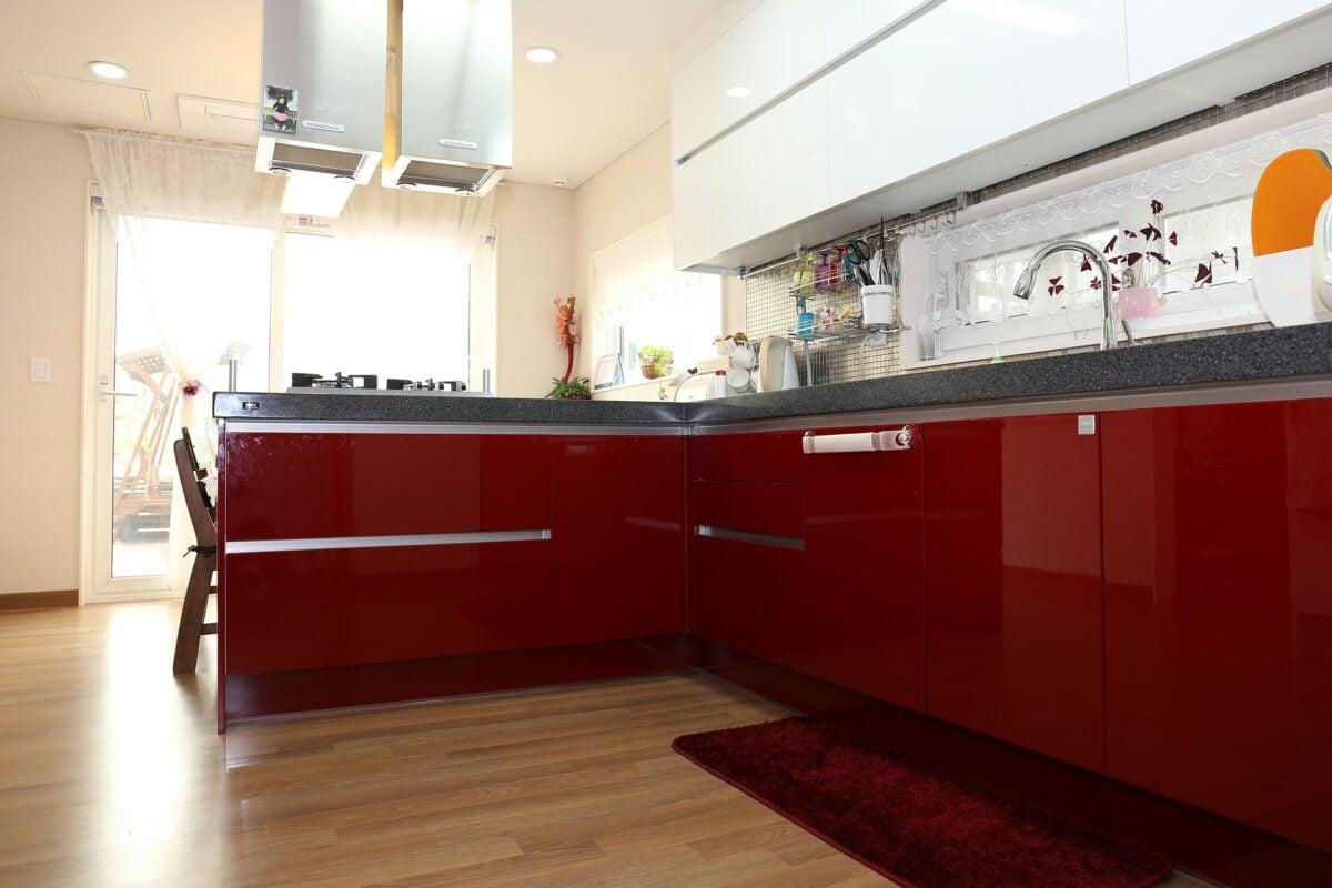 Cucina rossa: 8 spunti per rinnovare