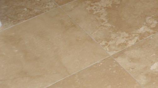 come-pulire-pavimento-ruvido-marmogrezzo