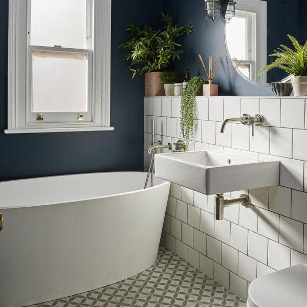 come-scegliere-giusto-abbinamento-colori-bagno-2-600×600