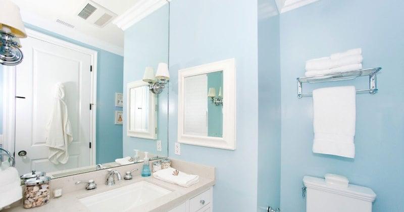 colore-pareti-ingrandiscono-azzurro