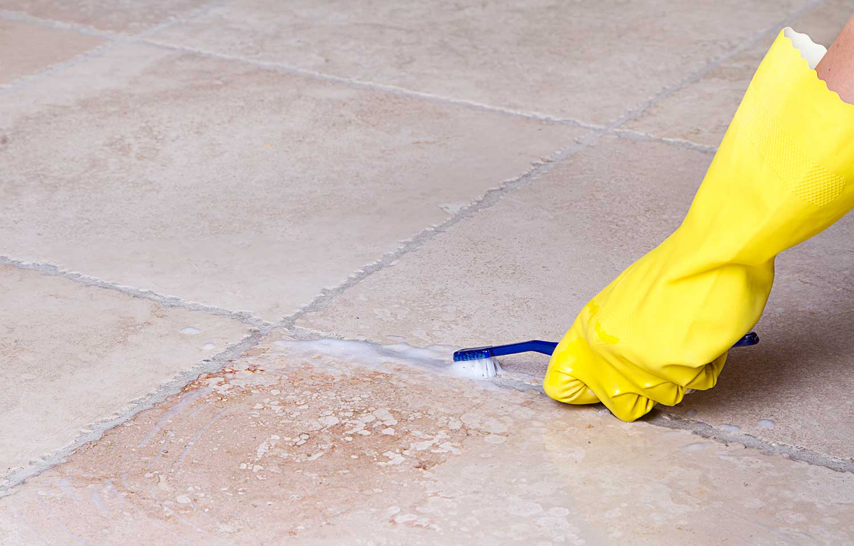 pulire-fughe-pavimento-2