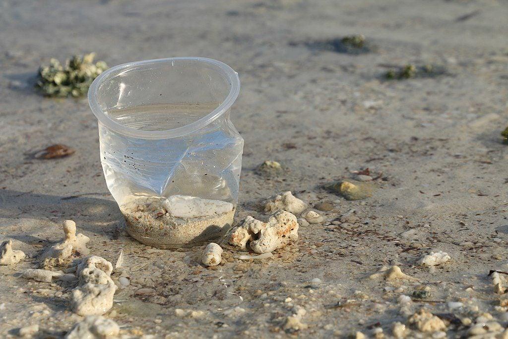 riciclare-bicchieri-plastica-4