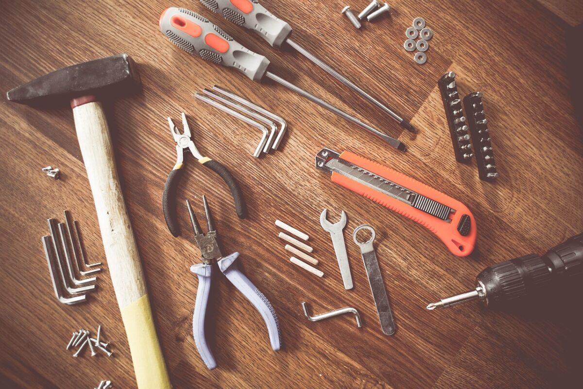 10-lavori-casa-novembre-attrezzi2