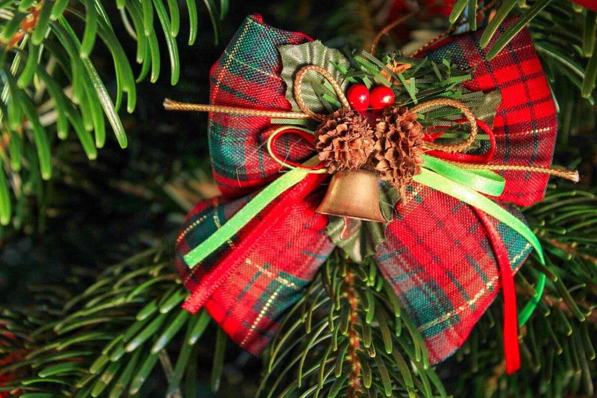 addobbi-natalizi-colore-rosso