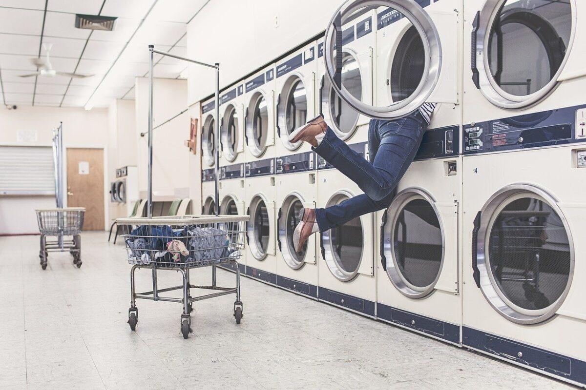 lavatrice-che-puzza-01
