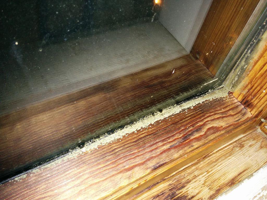 pulire infissi in legno 10