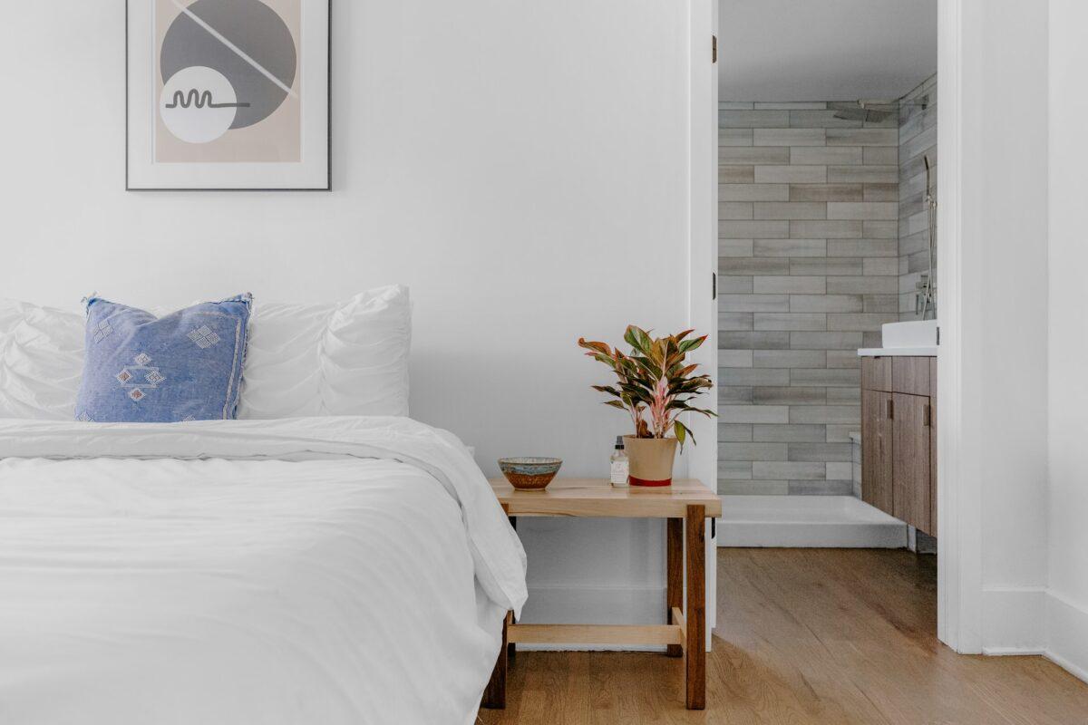 10-trucchi-ingrandire-camera-letto-10