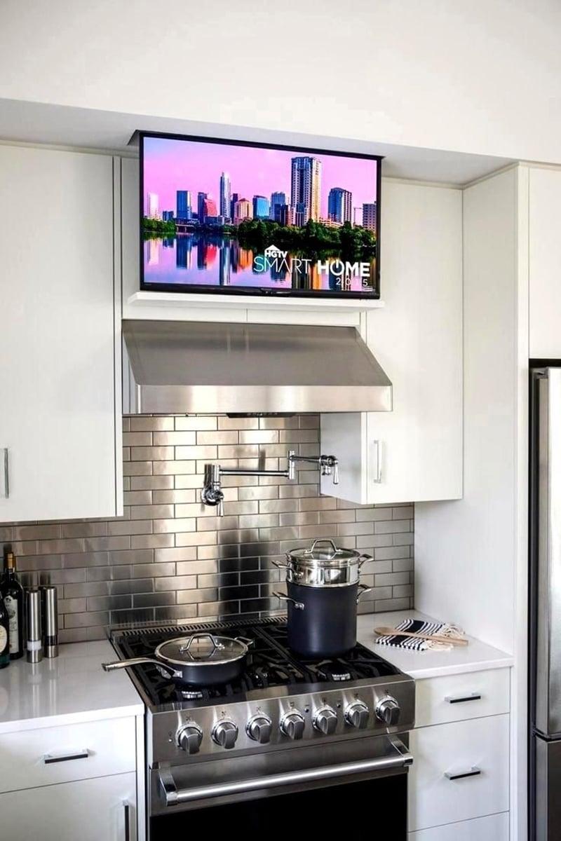 Come-e-dove-appendere-la-tv-in-cucina