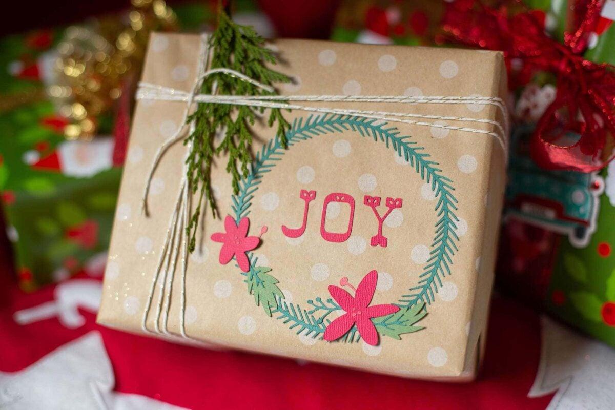 come-abbellire-pacco-regalo-1