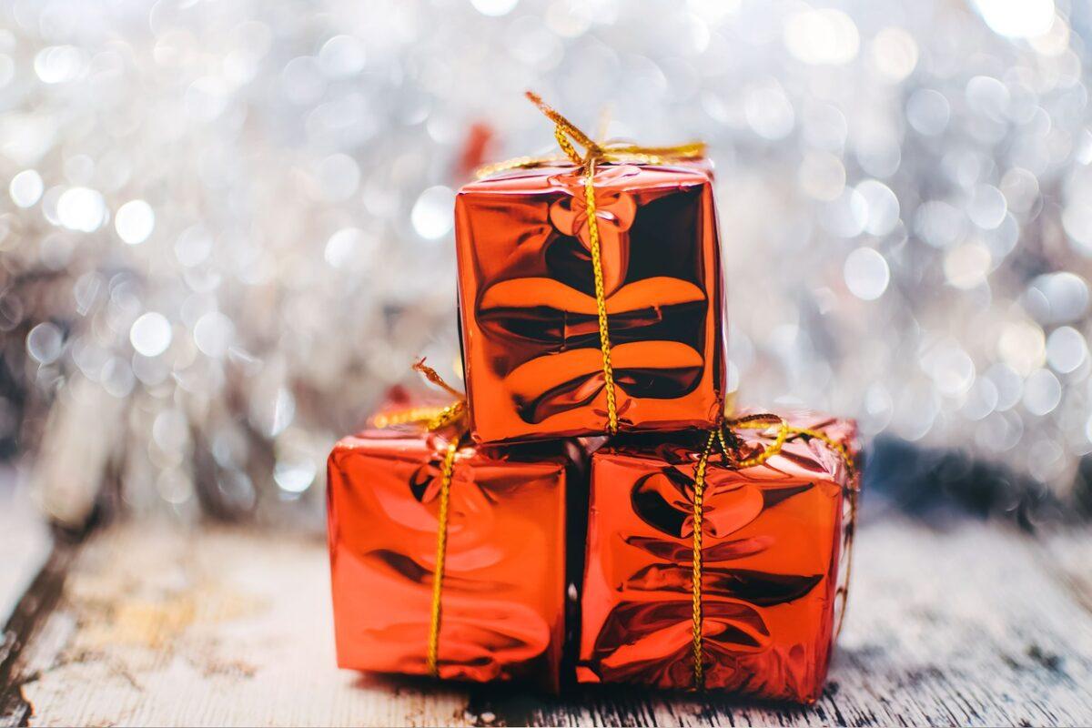 regali-di-natale-spendere-massimo-50-euro-1
