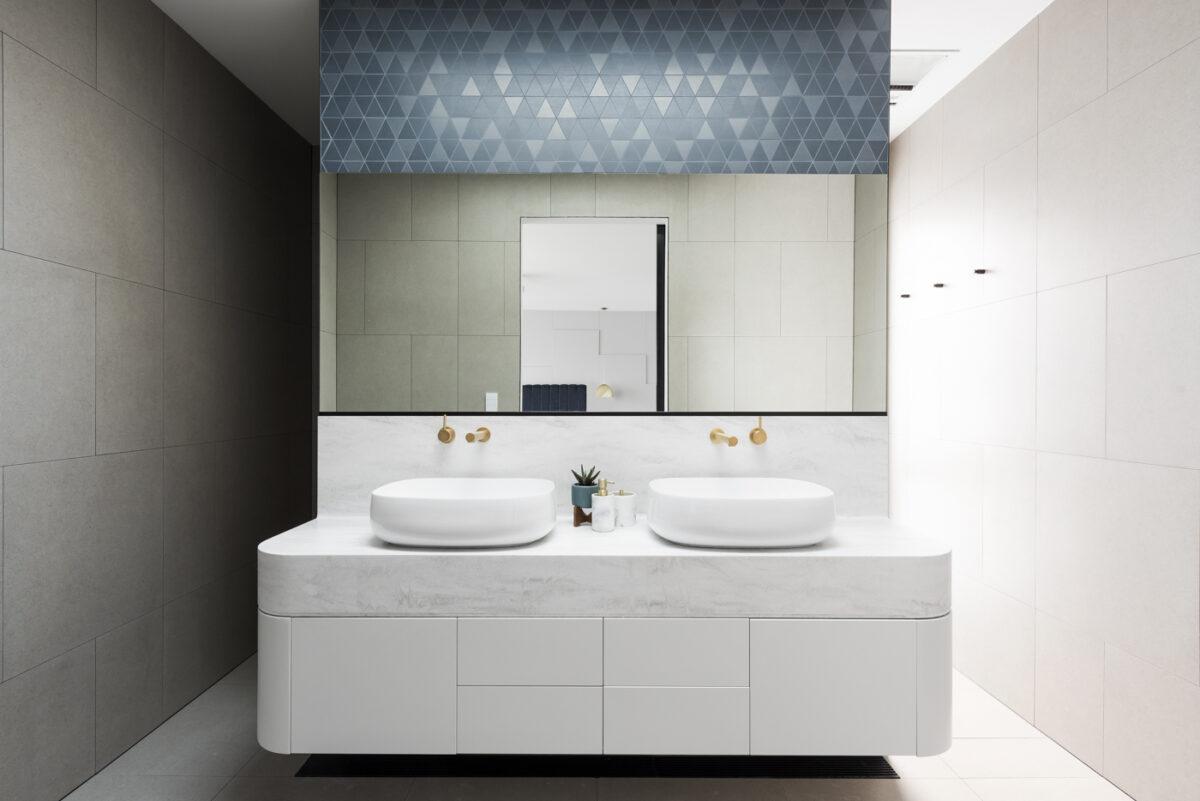 rivestimenti-bagno-moderno-06