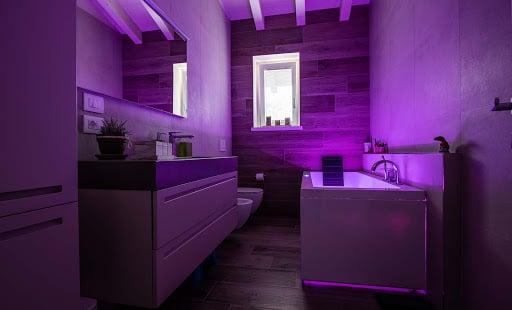 bagno-pareti-lilla 20