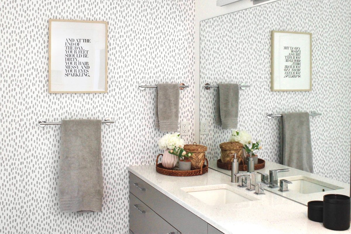 Bagno pareti color tortora: consigli per un bagno elegante e raffinato