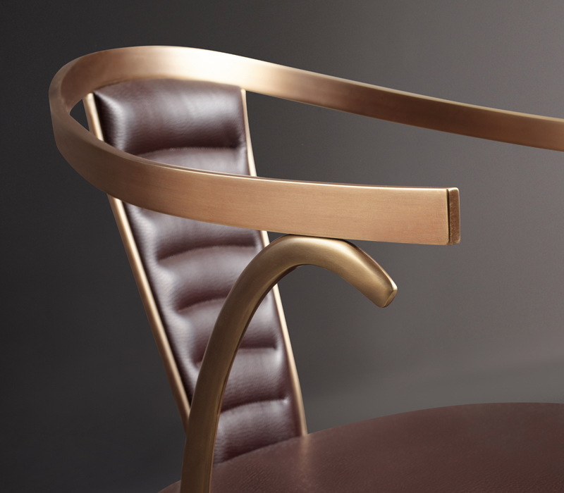 idee-arredi-bronzo-sedia