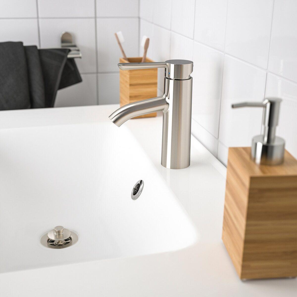 10-idee-per-arredare-un-bagno-cieco-8