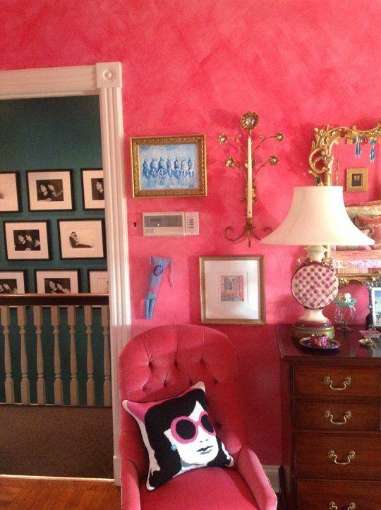 camera-da-letto-color-ciliegia-angolo