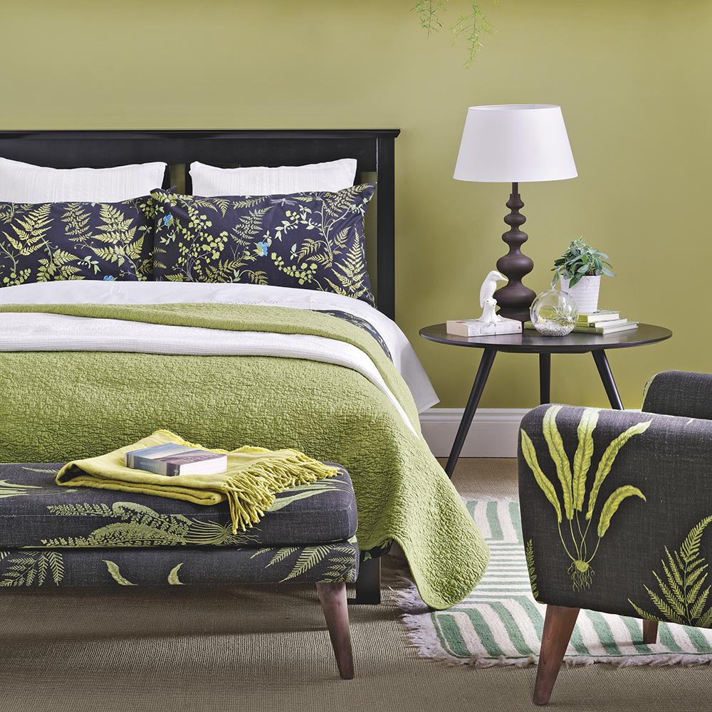 camera-letto-pareti-color-verde-oliva-8