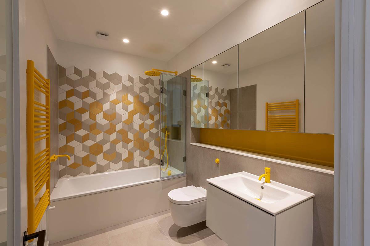 bagno-pareti-giallo-senape 2
