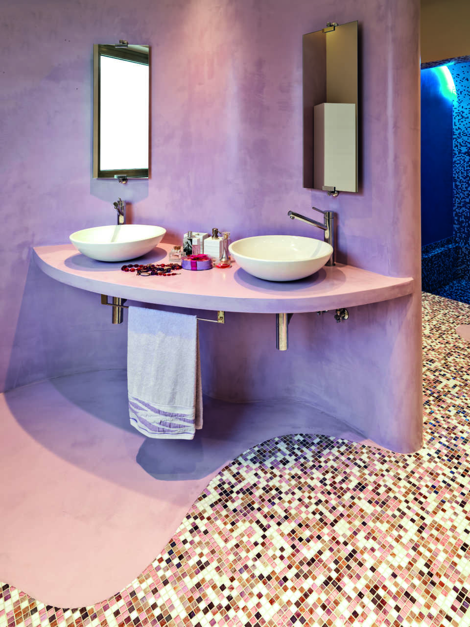 bagno-pareti-lavanda-orientale