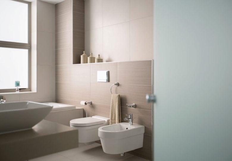 come-posizionare-i-sanitari-in-un-bagno-piccolo-4