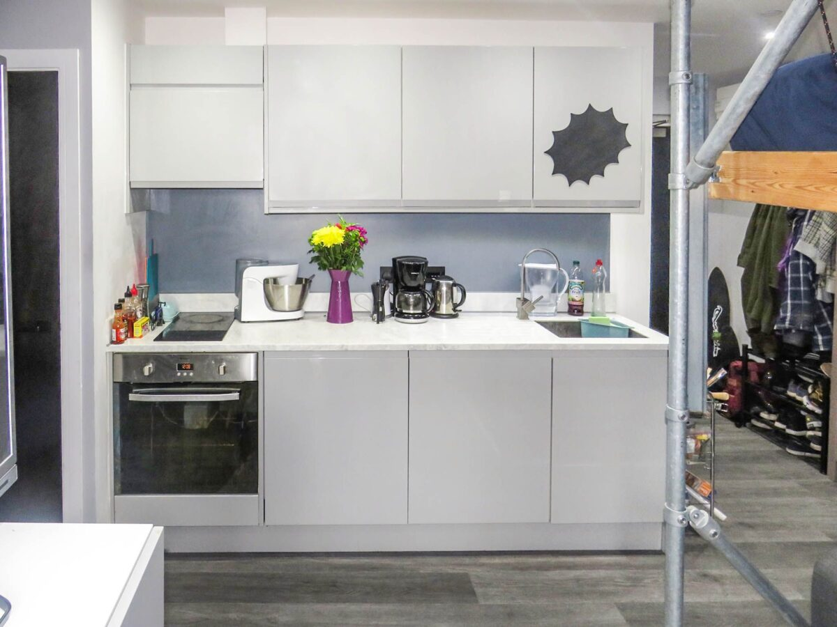 cucina-moderna-piccola-idee-23