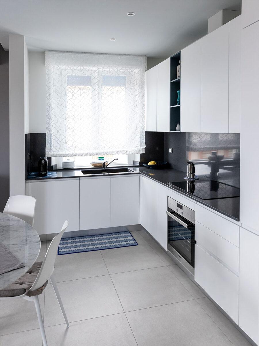 cucina-moderna-rettangolare-idee-1