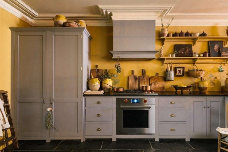cucina-pareti-color-giallo-senape-11