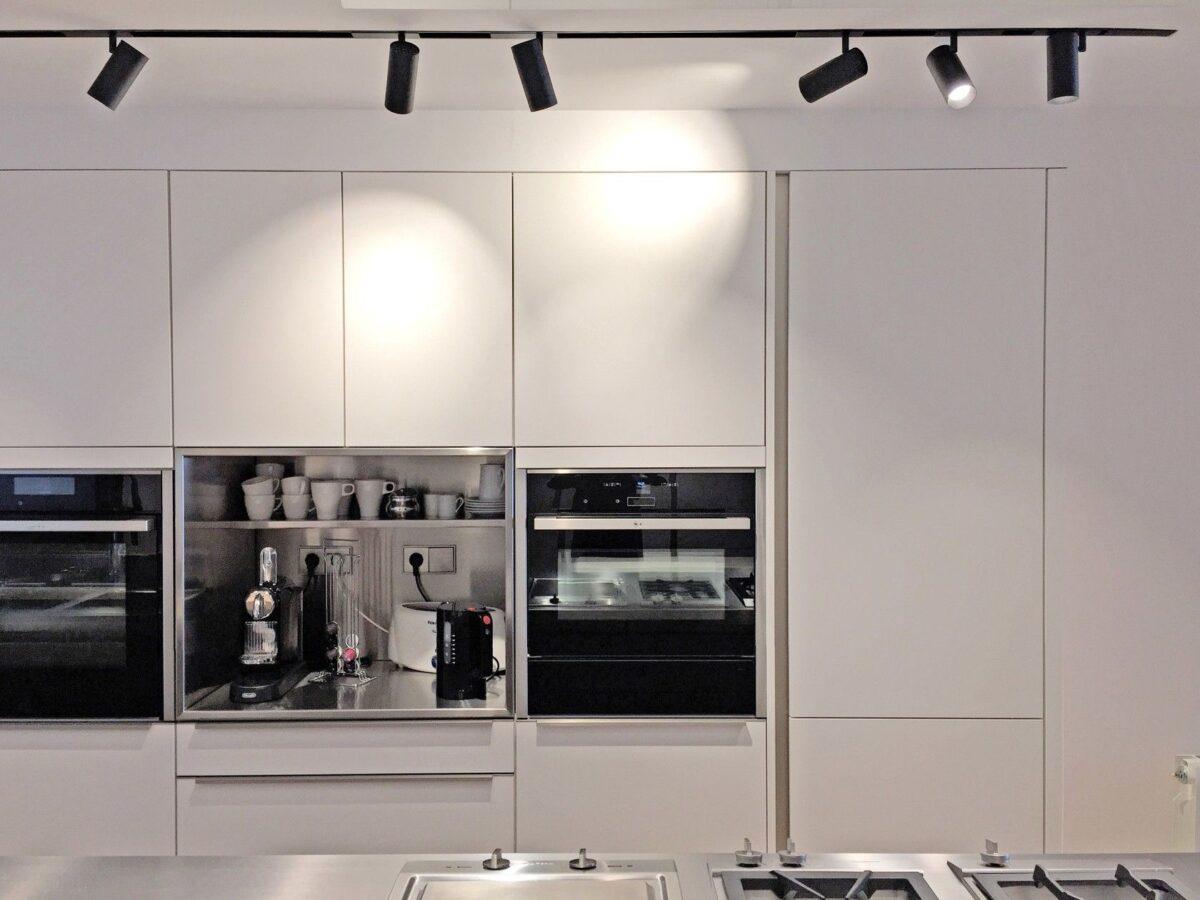 illuminazione-a-binario-cucina