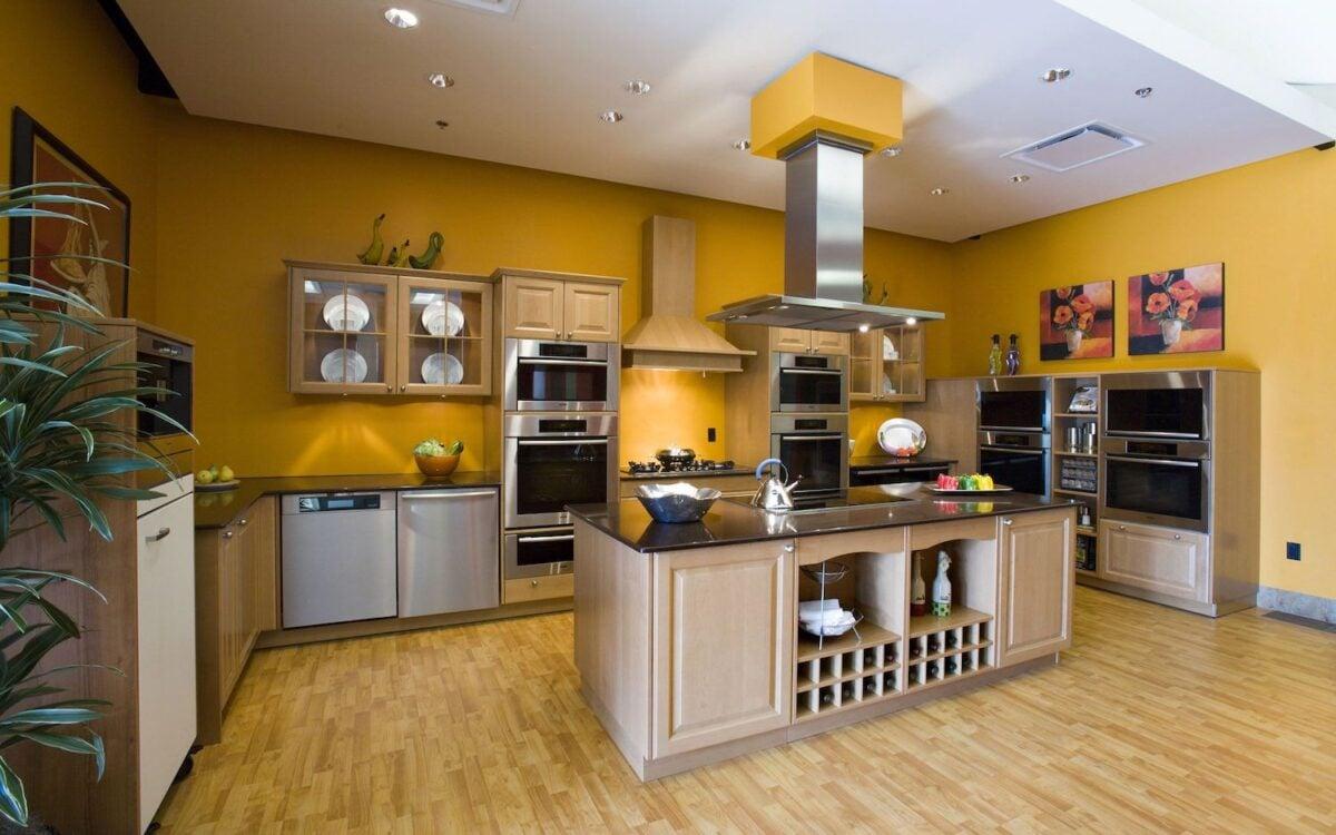 pareti-color-curcuma-cucina
