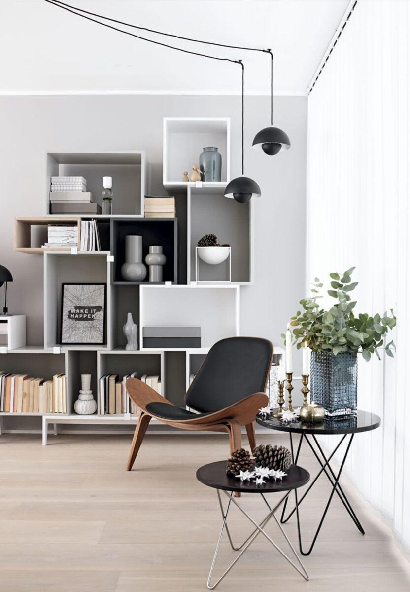 sedia-moderna-vintage-legno-e-pelle-nera