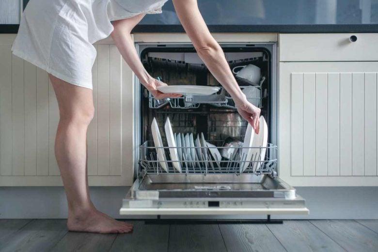 come-caricare-la-lavastoviglie-avvertenze