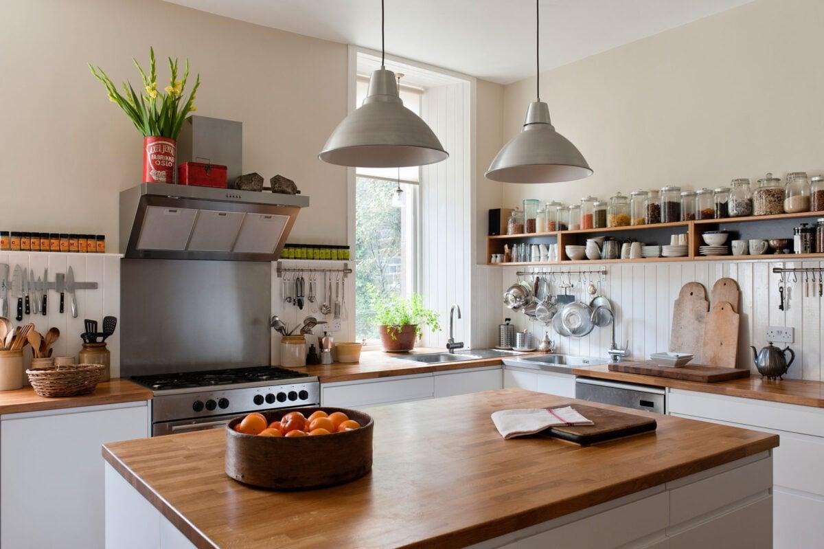 come-proteggere-il-piano-di-lavoro-in-legno-della-cucina-11