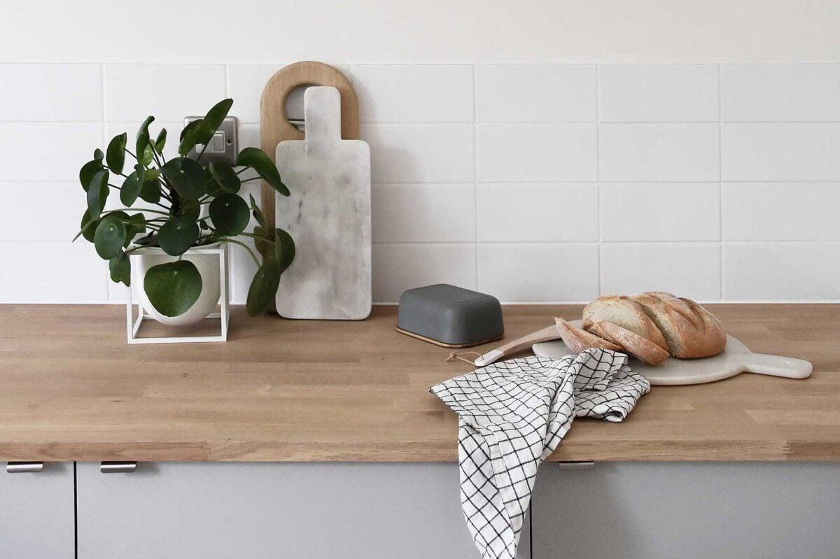 come-proteggere-il-piano-di-lavoro-in-legno-della-cucina-7
