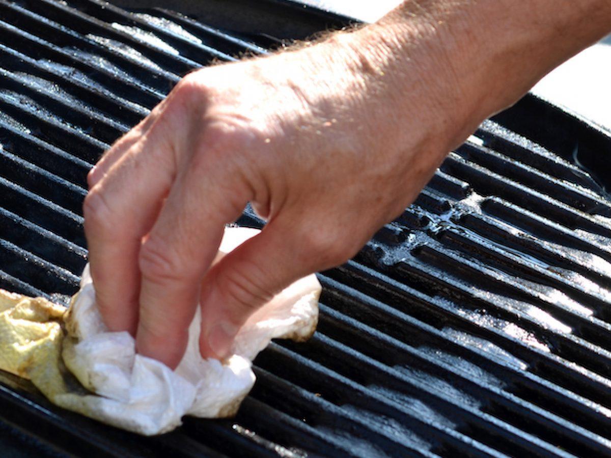 come-pulire-il-barbecue-in-maniera-precisa-13