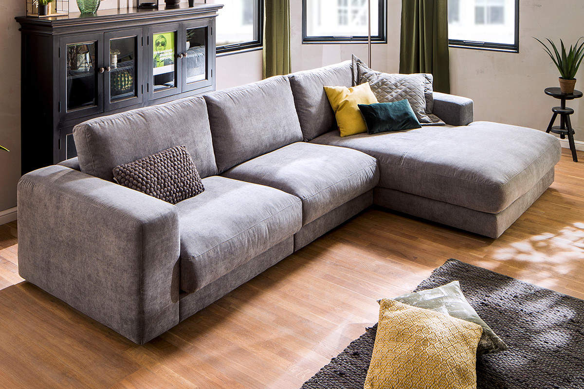 divano-con-chaise-longue-quando-è-l'ideale-17