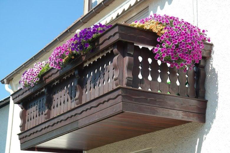 Gocciolatoio per balconi: indispensabile per la salute di balconi e terrazzi