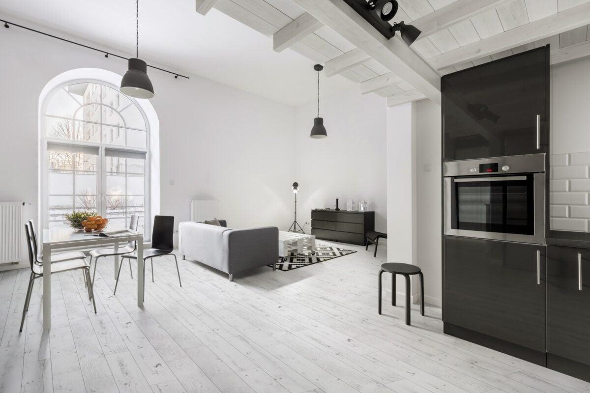mobili-adatti-per-un-pavimento-bianco-4