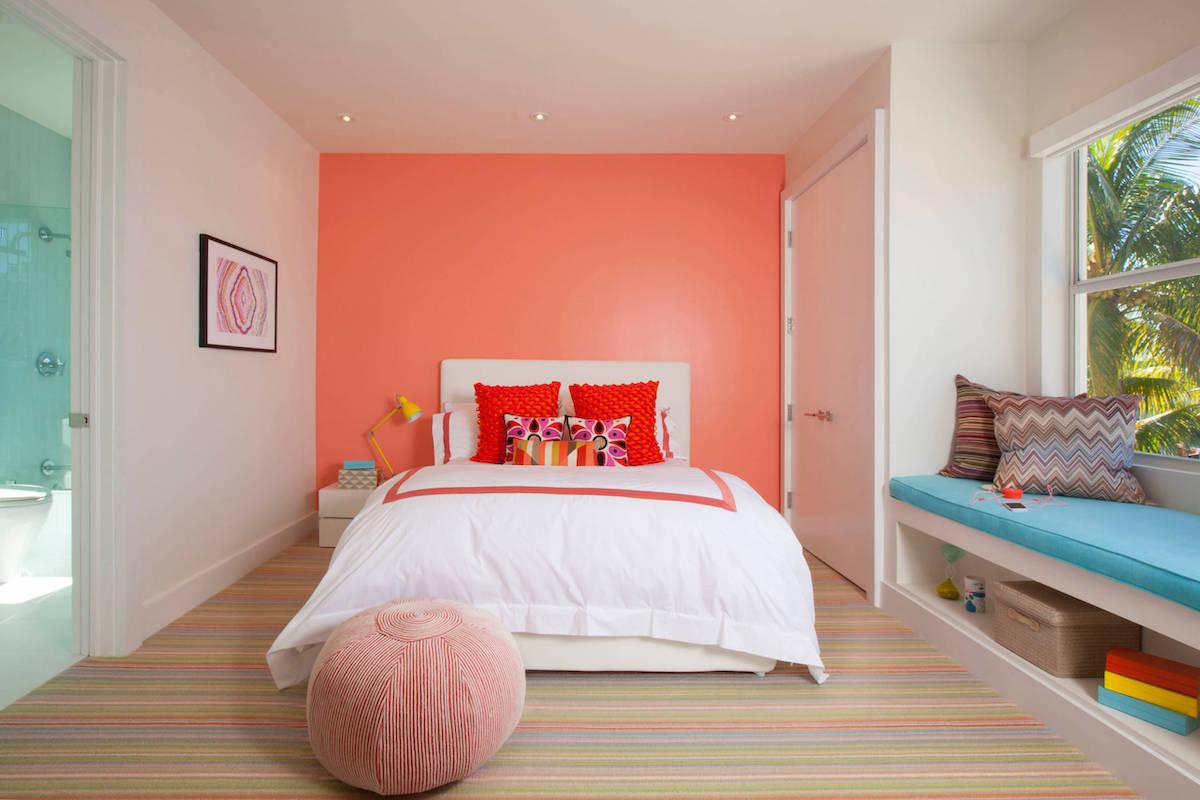 camera-da-letto-pareti-color-corallo-14