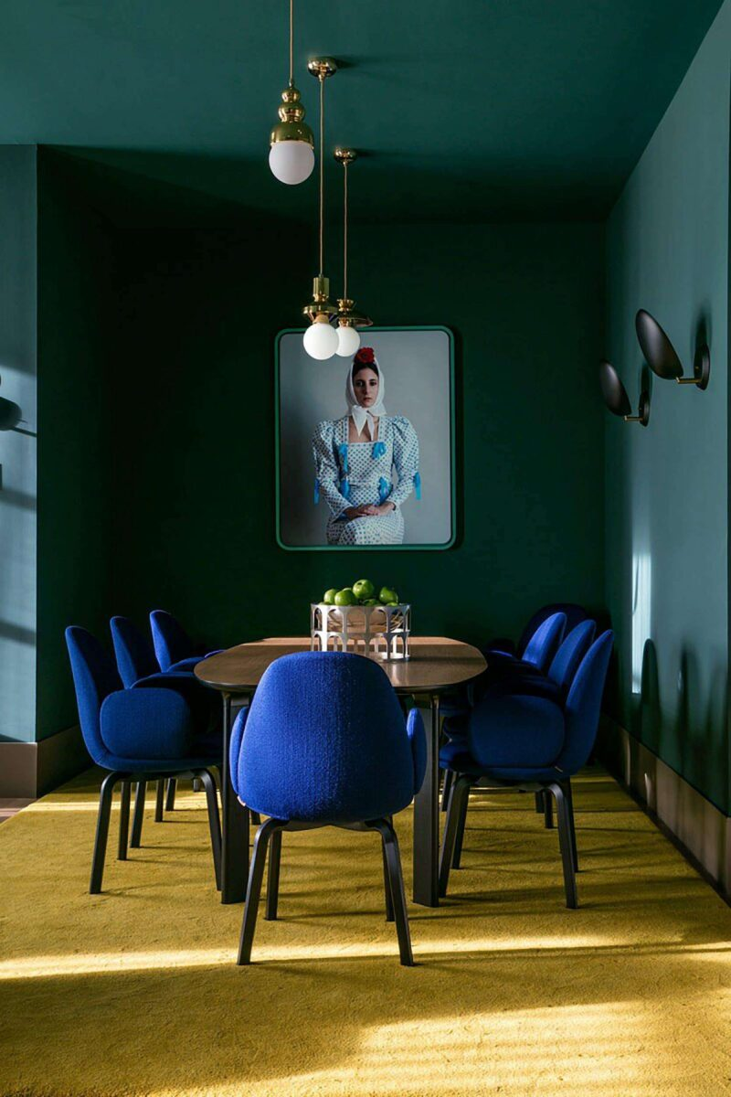 colori-stravaganti-soffitto