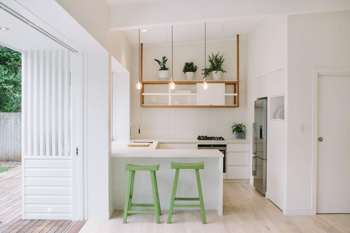 come-disporre-i-mobili-in-una-cucina-piccola-13
