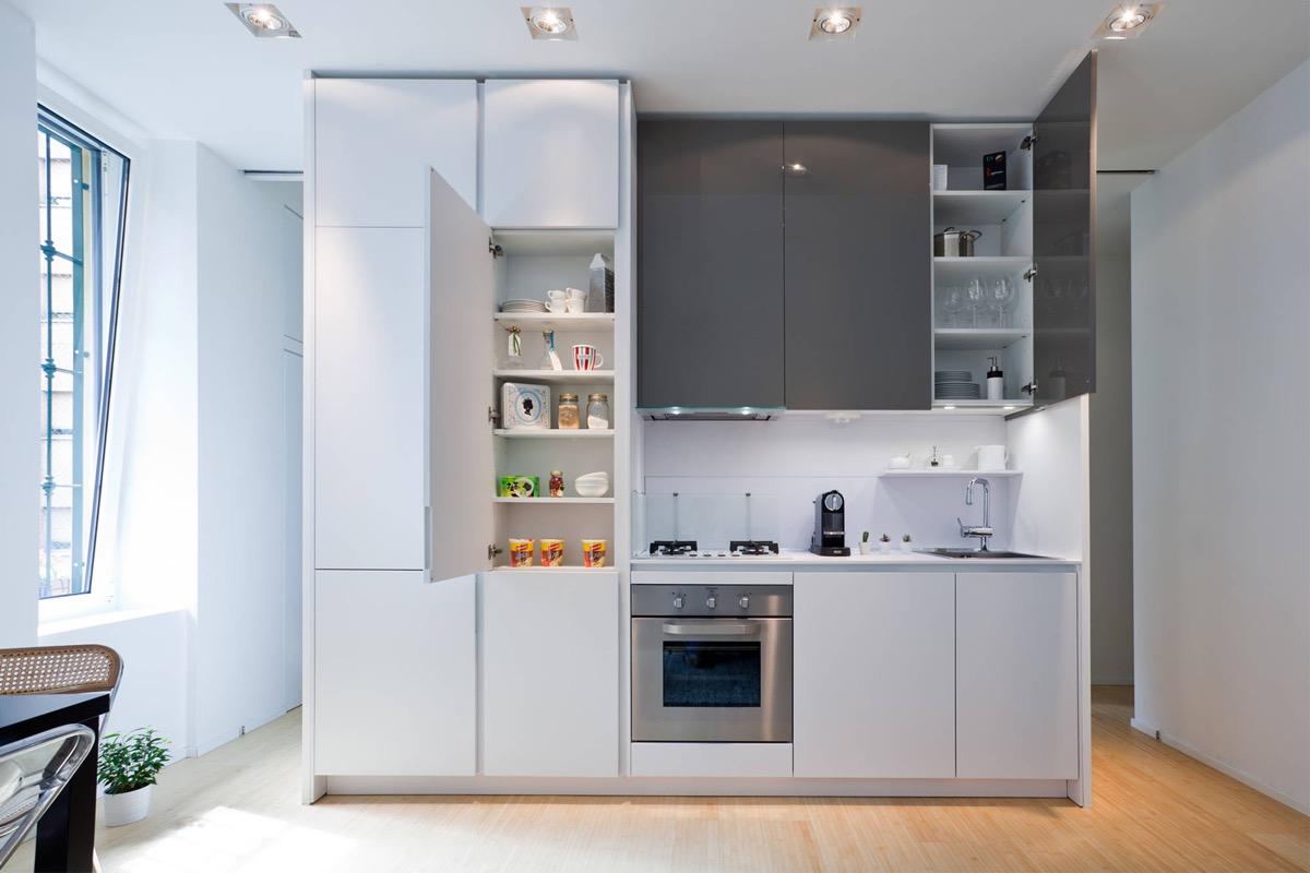 come-disporre-i-mobili-in-una-cucina-piccola-8