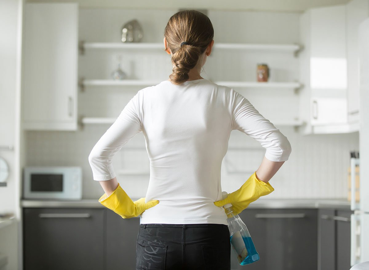 come-sgrassare-mobili-cucina-cover-2