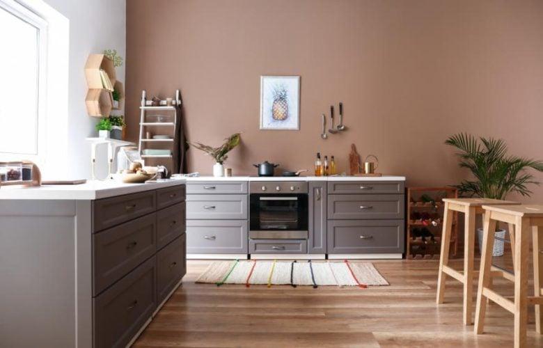 cucina-pareti-color-marrone-16