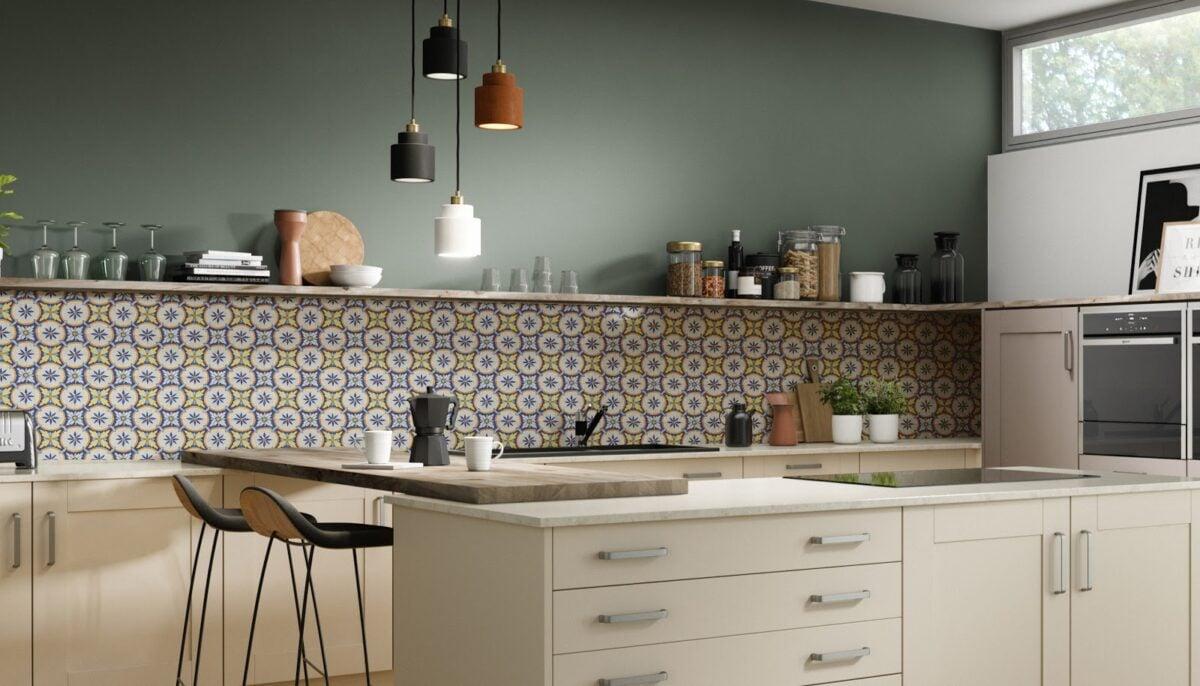 Piastrelle della cucina in stile mediterraneo: 7 idee per te