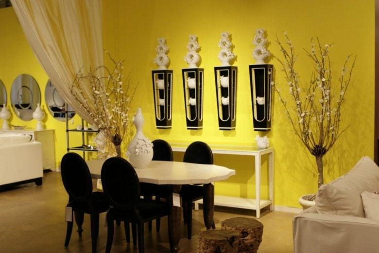 sala-pranzo-pareti-giallo-1
