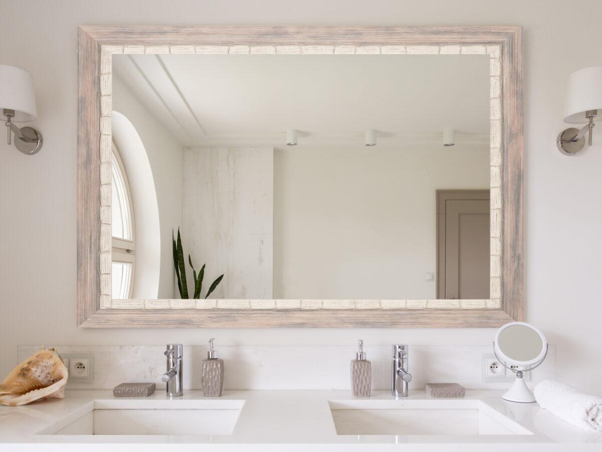 Specchiera per il bagno: come sceglierla