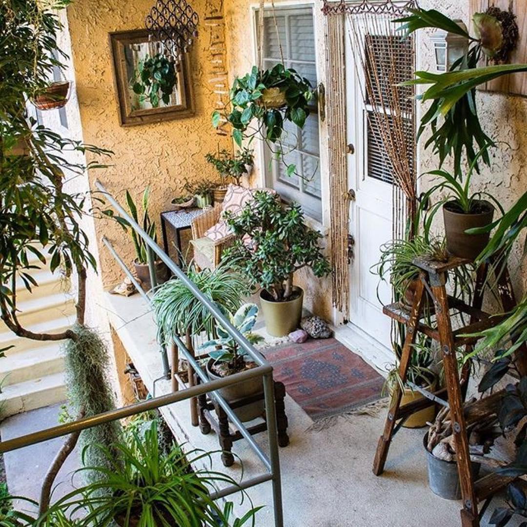 Abbellire-un-balcone-in-stile-bohemien-6