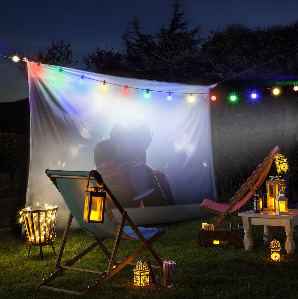 come-creare-cinema-aperto-giardino-1