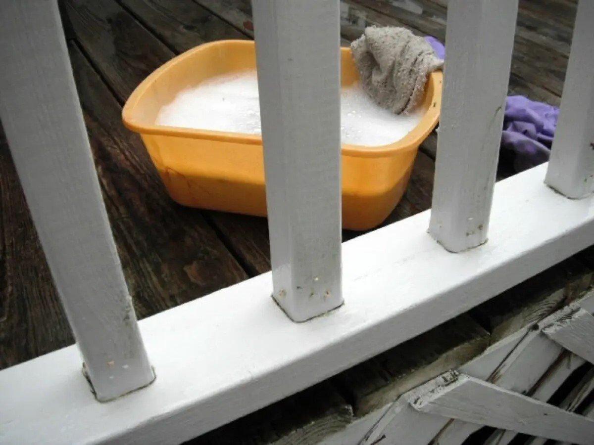 come-fare-la-manutenzione-perfetta-della-ringhiera-del-balcone-10