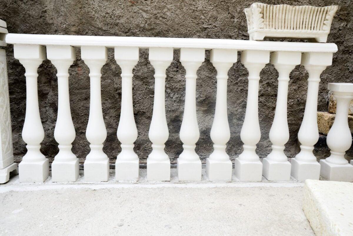come-fare-la-manutenzione-perfetta-della-ringhiera-del-balcone